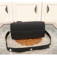 $156.17 USD Fendi AAA Quality Messenger Bags For Women #800271