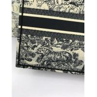 $78.57 USD Christian Dior AAA Tote-Handbags For Women #800600