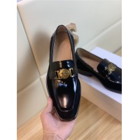 $101.85 USD Versace Leather Shoes For Men #803981