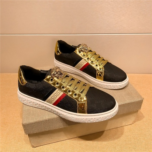 Versace Casual Shoes For Men #804488