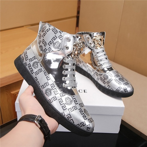 Versace High Tops Shoes For Men #804490