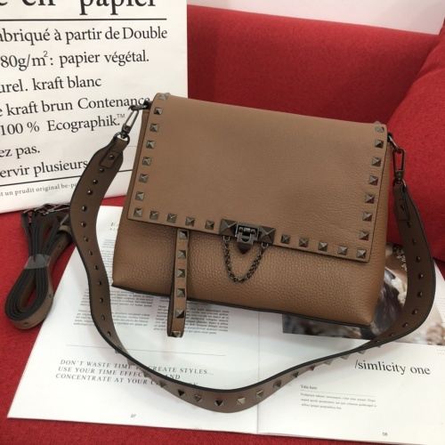 Valentino AAA Quality Messenger Bags For Women #804650