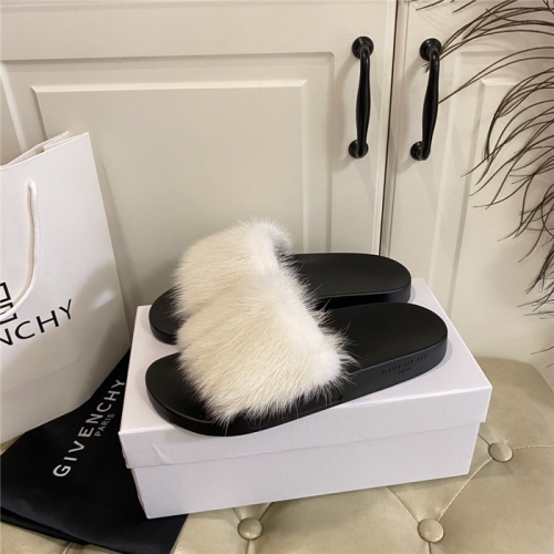 Givenchy Slippers For Women #804881
