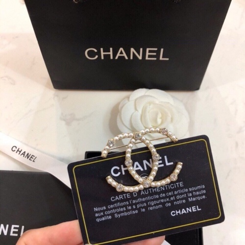 Chanel Brooches #805156