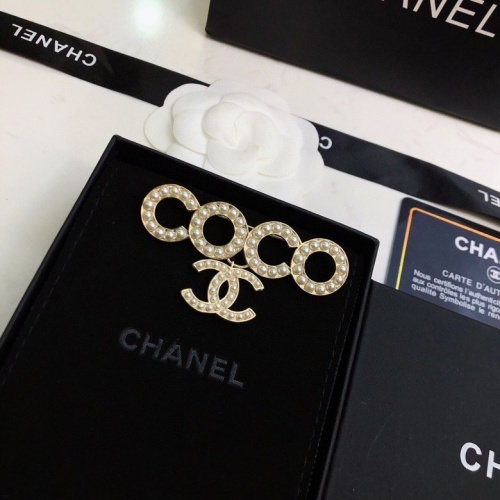 Chanel Brooches #805157