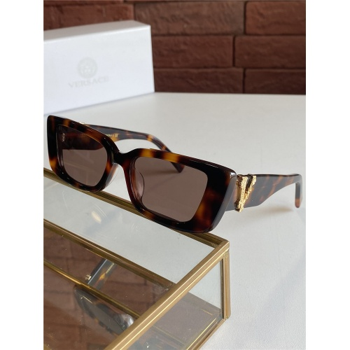 Versace AAA Quality Sunglasses #805306