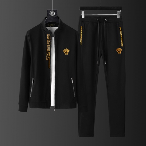 Versace Tracksuits Long Sleeved Zipper For Men #805611