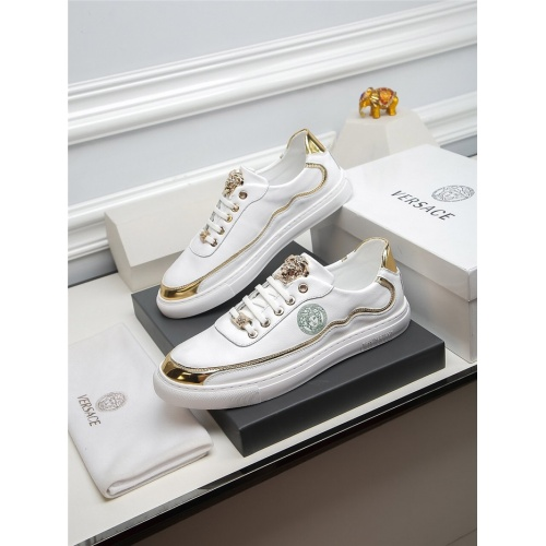 Versace Casual Shoes For Men #805668