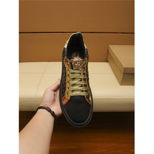 Replica Versace Casual Shoes For Men #805696 $69.84 USD for Wholesale