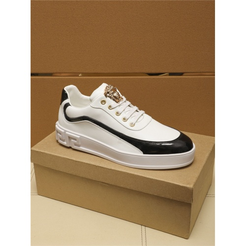 Replica Versace Casual Shoes For Men #805697 $69.84 USD for Wholesale