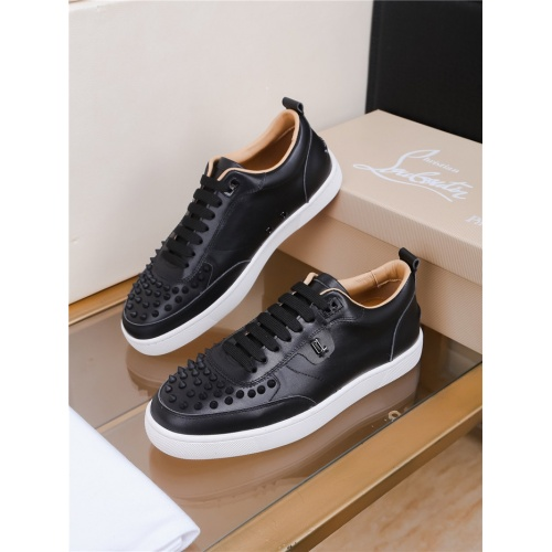 Christian Louboutin CL Casual Shoes For Men #805768
