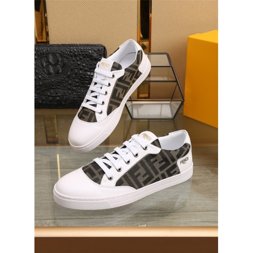 Fendi Casual Shoes For Men #805791