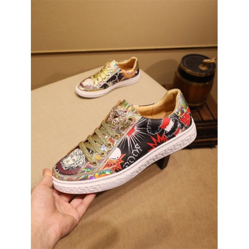 Versace Casual Shoes For Men #805935