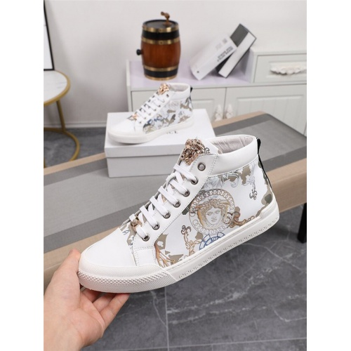 Versace High Tops Shoes For Men #805941
