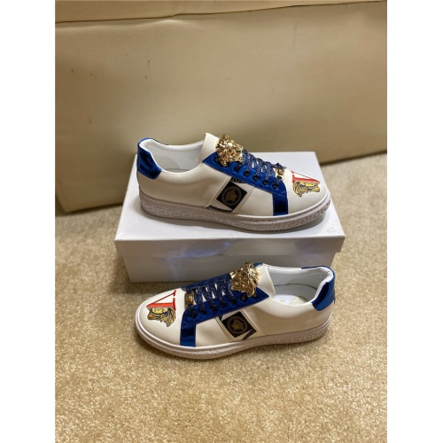 Versace Casual Shoes For Men #806117