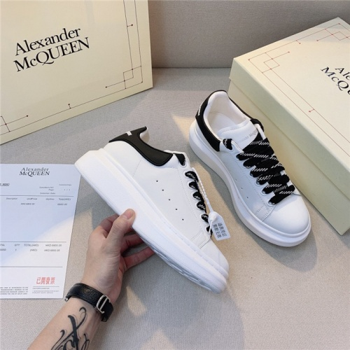 Alexander McQueen Casual Shoes For Men #806125