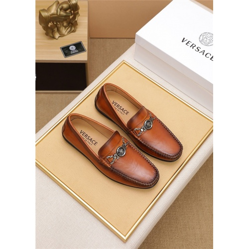 Versace Casual Shoes For Men #806468
