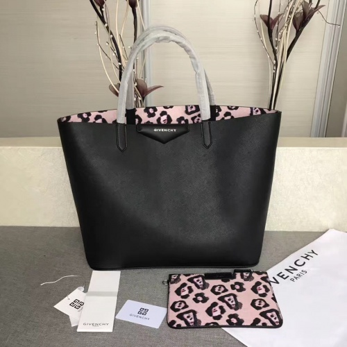 Givenchy AAA Quality Handbags For Women #806872