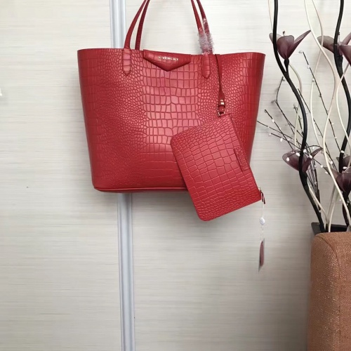 Givenchy AAA Quality Handbags For Women #806881