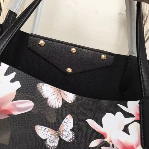 Replica Givenchy AAA Quality Handbags For Women #806905 $160.00 USD for Wholesale