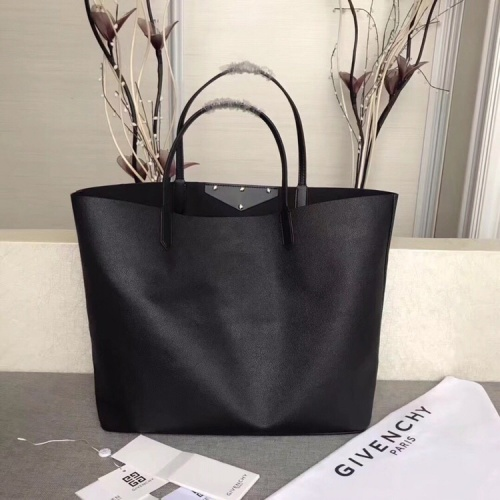 Replica Givenchy AAA Quality Handbags For Women #806907 $170.00 USD for Wholesale