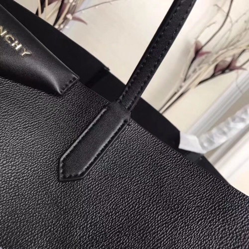 Replica Givenchy AAA Quality Handbags For Women #806909 $170.00 USD for Wholesale
