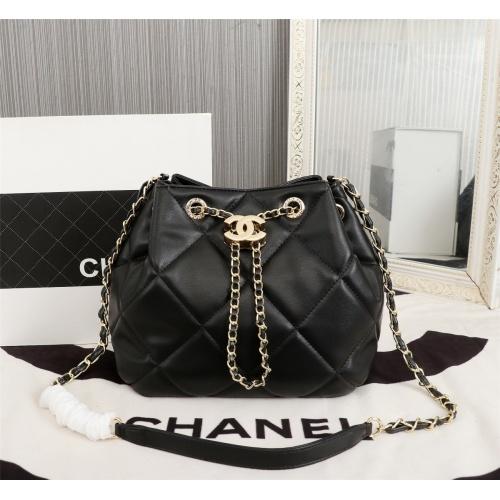 Chanel AAA Messenger Bags For Women #806913