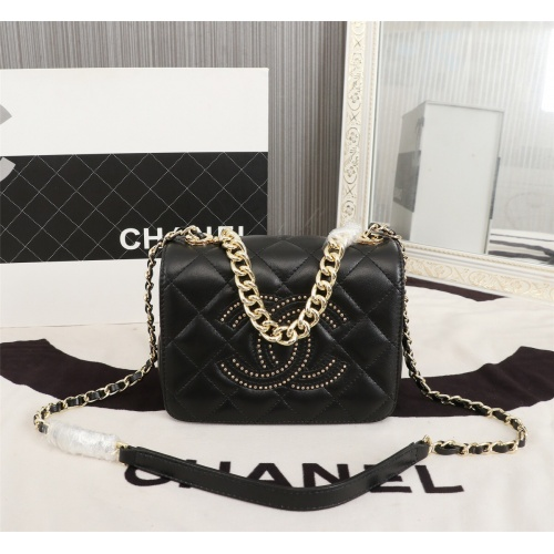 Chanel AAA Messenger Bags For Women #806914