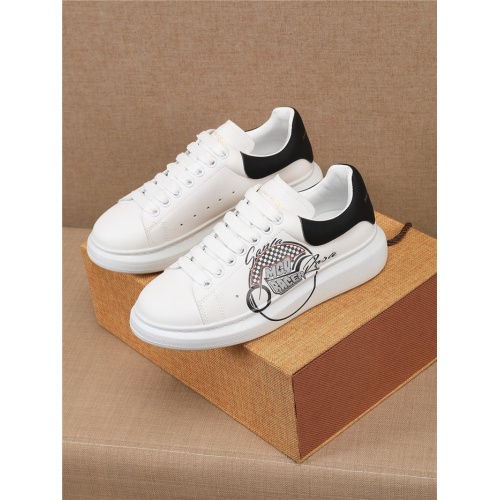 Alexander McQueen Casual Shoes For Men #806970