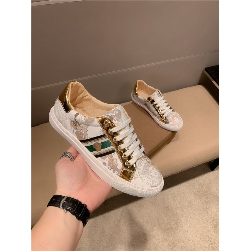 Versace Casual Shoes For Men #807237