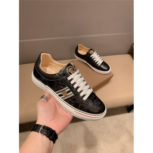 Versace Casual Shoes For Men #807239