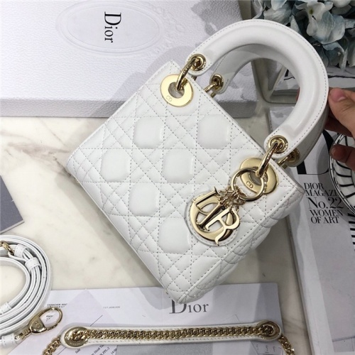 Christian Dior AAA Quality Messenger Bags #807408