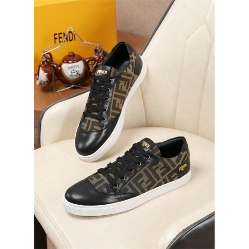 Fendi Casual Shoes For Men #807494