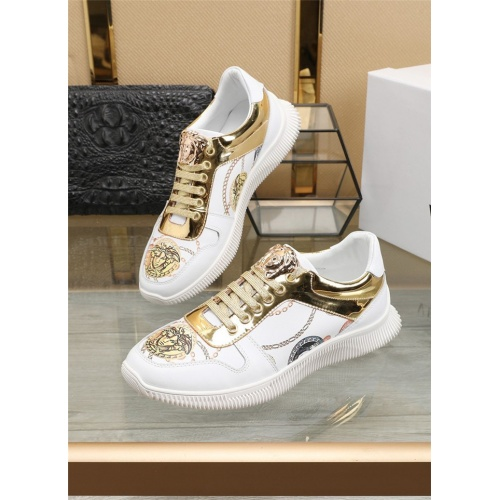 Versace Casual Shoes For Men #807532