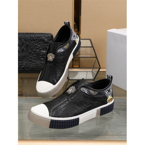 Versace Casual Shoes For Men #807549 $80.00 USD, Wholesale Replica Versace Casual Shoes