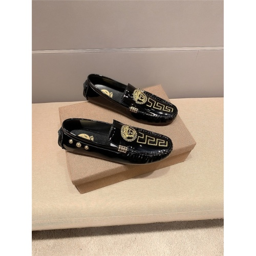 Versace Casual Shoes For Men #807676 $68.00, Wholesale Replica Versace Casual Shoes
