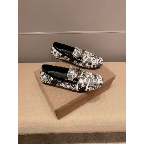Versace Casual Shoes For Men #807677 $68.00, Wholesale Replica Versace Casual Shoes