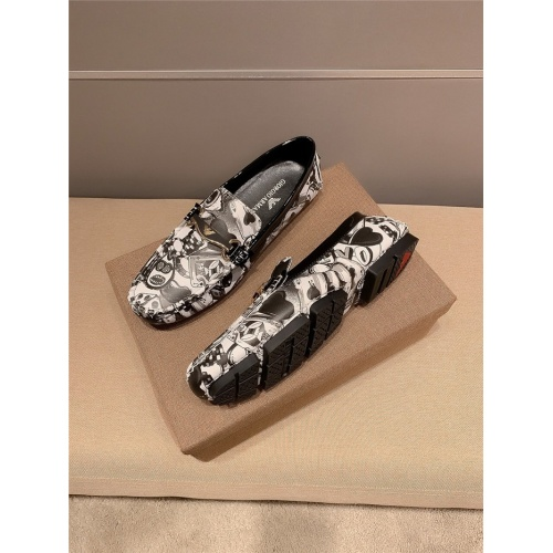 Replica Versace Casual Shoes For Men #807677 $68.00 USD for Wholesale