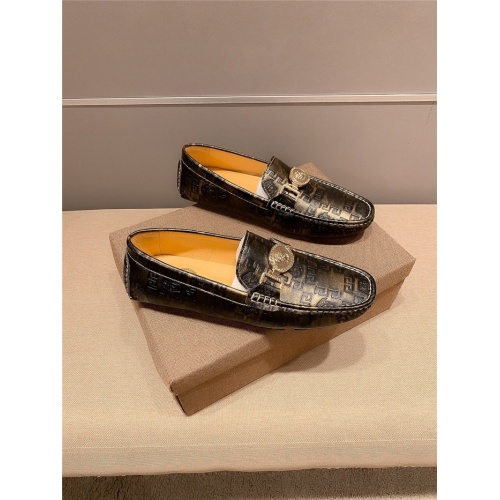Replica Versace Casual Shoes For Men #807679 $72.00 USD for Wholesale