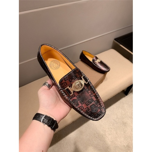 Replica Versace Casual Shoes For Men #807680 $72.00 USD for Wholesale