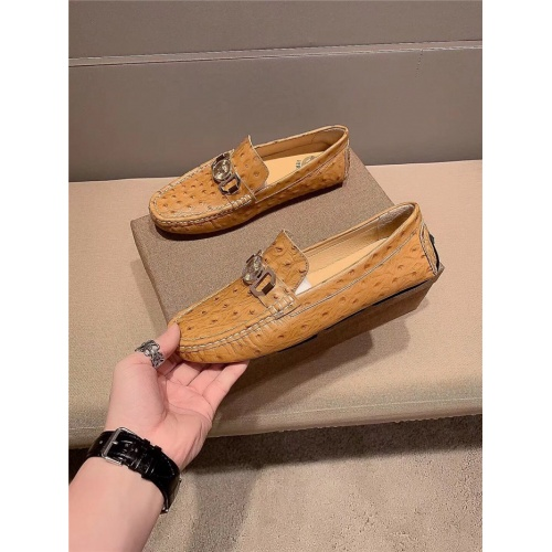 Versace Casual Shoes For Men #807681