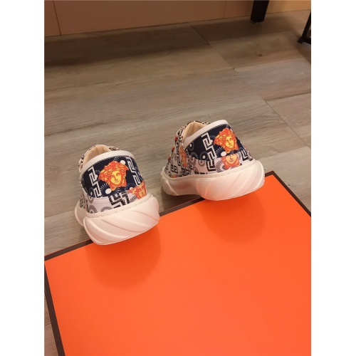 Replica Versace Casual Shoes For Men #807682 $76.00 USD for Wholesale
