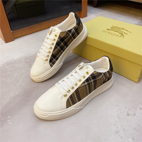 Burberry Casual Shoes For Men #807851
