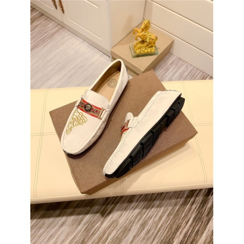 Replica Versace Casual Shoes For Men #808618 $68.00 USD for Wholesale