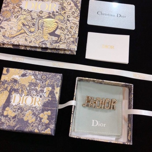 Christian Dior Brooches #808968