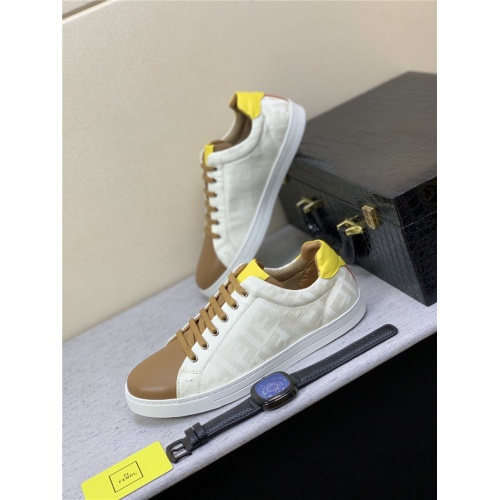 Fendi Casual Shoes For Men #809122