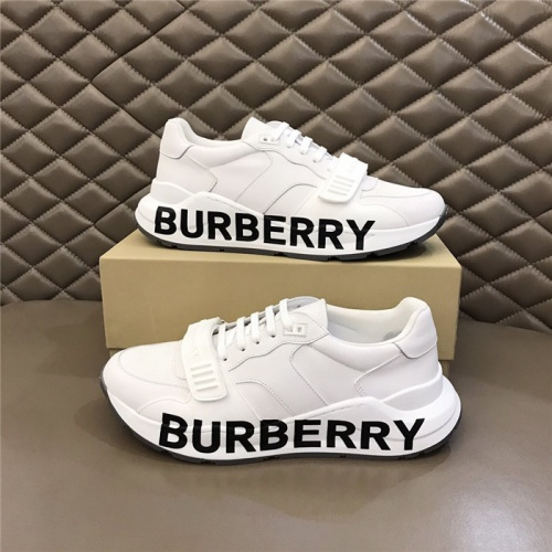 Burberry Casual Shoes For Men #809125