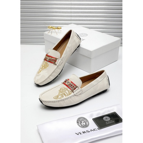 Versace Casual Shoes For Men #809470