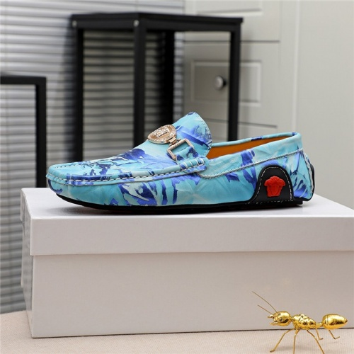 Replica Versace Casual Shoes For Men #809473 $68.00 USD for Wholesale