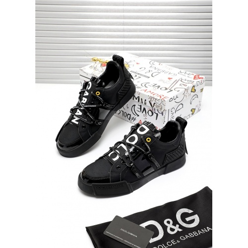 Dolce & Gabbana D&G Casual Shoes For Men #809484